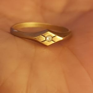 Satin gold diamond ring